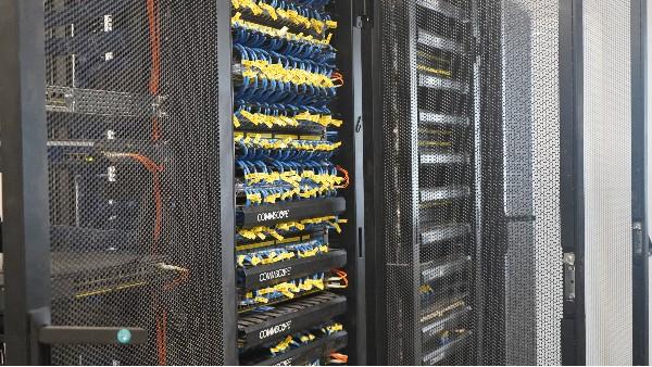 弱电机房工程UPS电池更换及保养方法